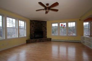 staging empty rooms